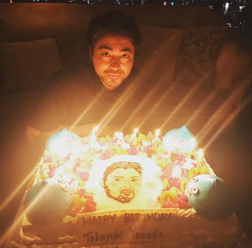 【画像】山田孝之(34)さんのお誕生会がこちらwwwwwwwwwww