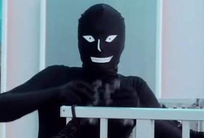 黒タイツさん