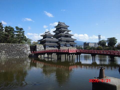 12松本城全景