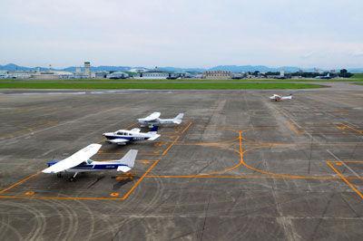 20170717DSCN7555名古屋駐機場JA3748SM