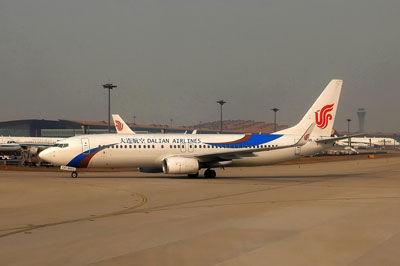 20160129_DSCN3775B737-800大連航空_北京SM