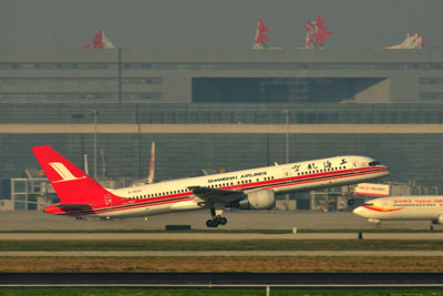 20111124_0496上海航空B757SM