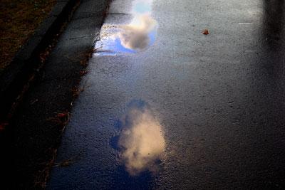 20101118DSCN1845水たまり空S