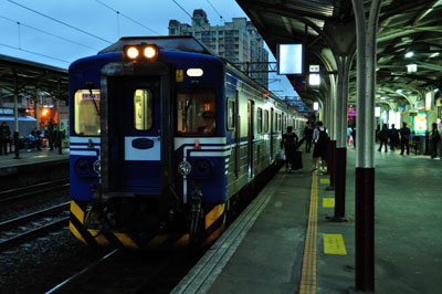 20110120DSC_7797台湾電車SM