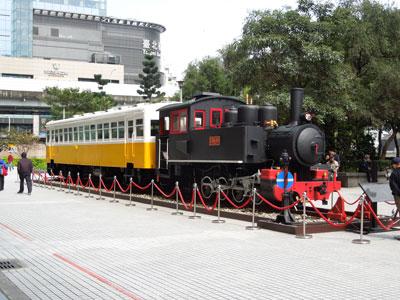 20120229_0728台北駅前