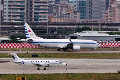 台湾空軍737_B1900DSC_7872SM