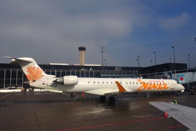 CRJ-700カナディアン_8093SM