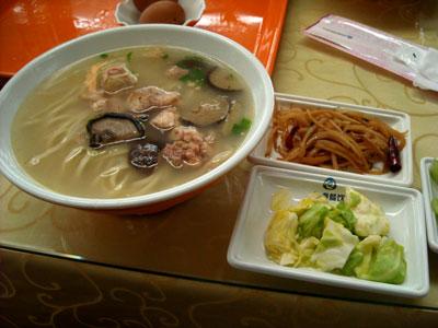 20111122_3575青島昼食SM