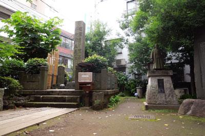 20120712_2333近藤勇の墓SM