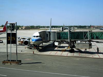 20120425北京中国国際航空134
