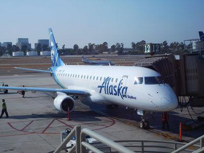 20170907DSCN7895ジョンウエイン-SJC_アラスカ航空EMB175LRSM