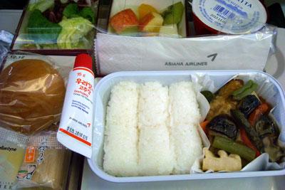 20111211DSCN3667機内食SM