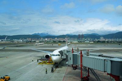 20120229_0727台湾到着SM