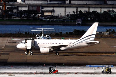 20111121_0299Airbus-A318-(B