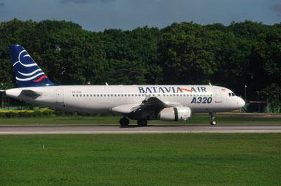 DSC_3229BataviaAIR_A320-200