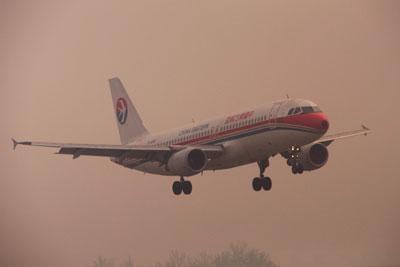 20120423_1980中国東方A320SM