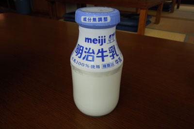 20120714_2347牛乳SM