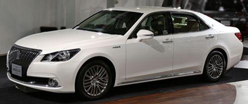Toyota_Crown_Majesta_S210001s