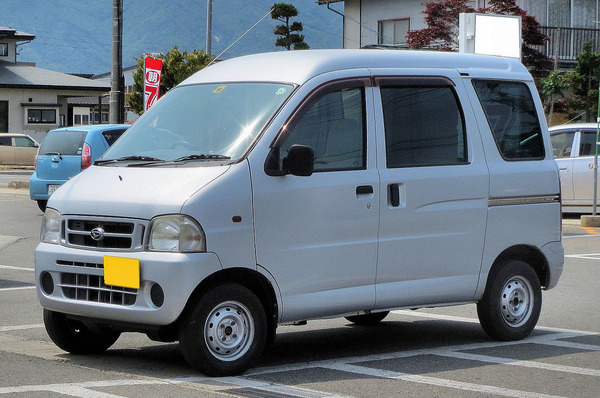 1280px-Daihatsu_Hijet-Cargo_S210V_1
