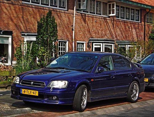 Subaru_Legacy_B4_500