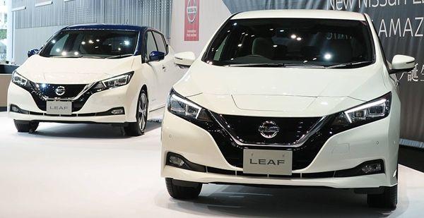 Nissan_Leaf_ZE1_01s
