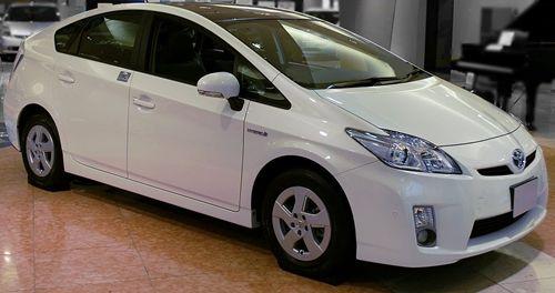 Toyota_Prius03sss