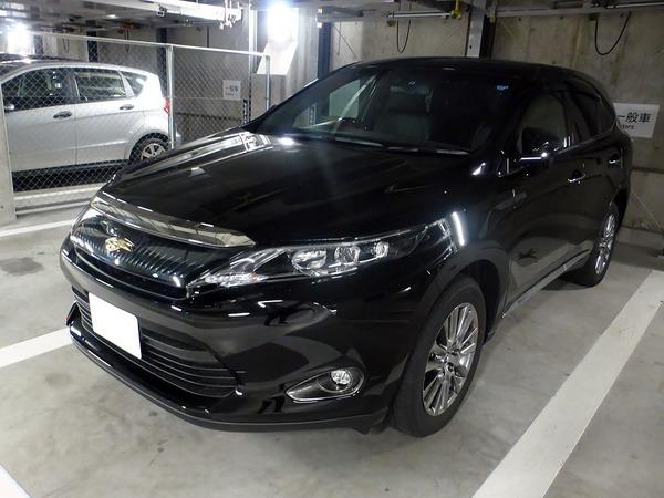 Toyota_HARRIER_PREMIUM_(ZSU60W)_front