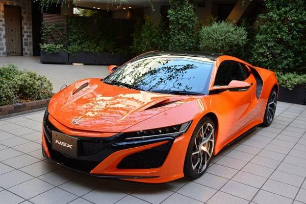 ホンダ「アカン、軽しか売れへん…せや!!カッコイイ高級車とスポーツカーも作るわww」