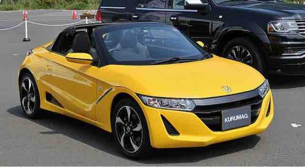 ホンダにスポーツカー買いに行ったらNSXとS660とやたらデカいシビックしか無かった