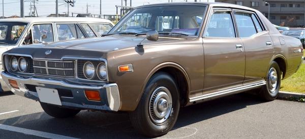 Nissan-Gloria3301975Deluxe