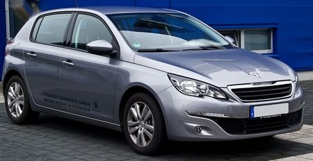 -Peugeot_308_82_VTi_Active001s