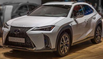 Lexus-ux001s