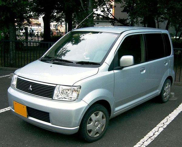 800px-Mitsubishi_ek_・Wagon_-_ja-a