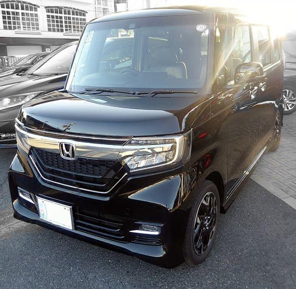 Honda_N-BOX_CustomGLT01s
