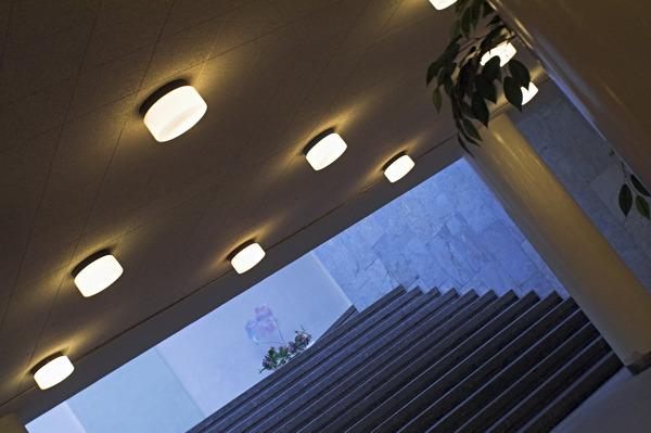 軒下シーリングライト 天井 階段