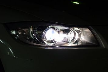 BMW E90 ベロフハロゲン