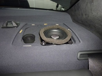 E90 リアスピーカー1