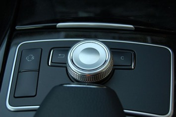W212 ジョグダイヤル