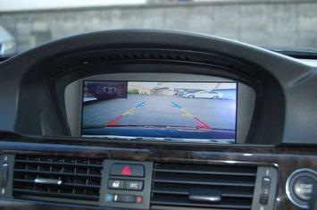E93 バックカメラ映像
