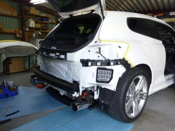 VWシロッコ バックカメラ施工中