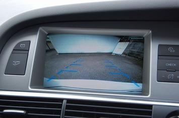 アウディA6 カメラ画像