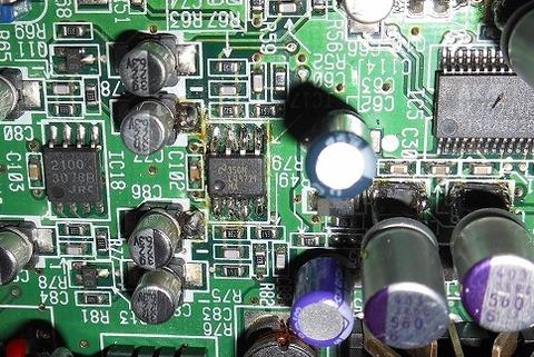 UA-20_改3_LME49721取付1