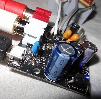 AKI-USB-U2704_04L1