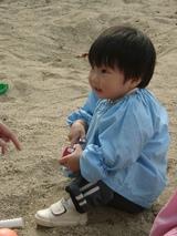 砂場楽しい・・