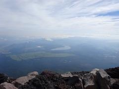 山頂からの山中湖