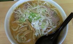 吉三郎:ラーメン味噌・太麺・ちょってり・中盛り