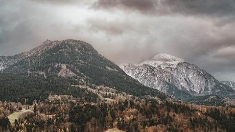 mountains-3523153__340
