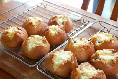 IMG_6950.jpg−2 18・9・13米粉ときのこのパン