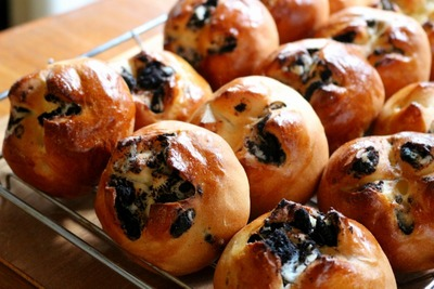 IMG_6989.jpg−2 18・9・18オレオとクリームチーズのパン
