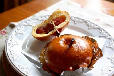 jpg−2 13・10・21りんごパン